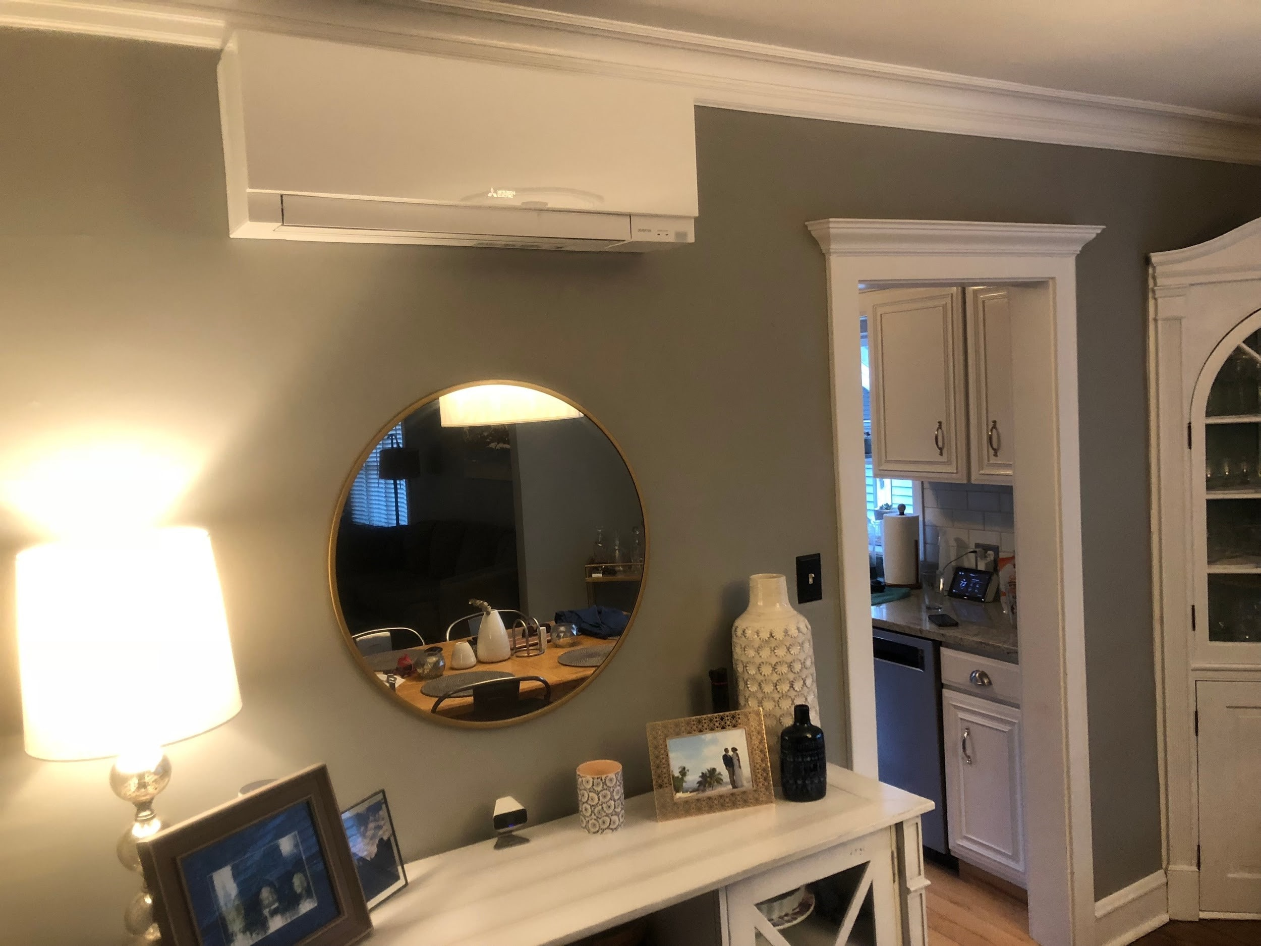 A ductless panel in a Mt. Prospect, IL bathroom helps eliminate excess